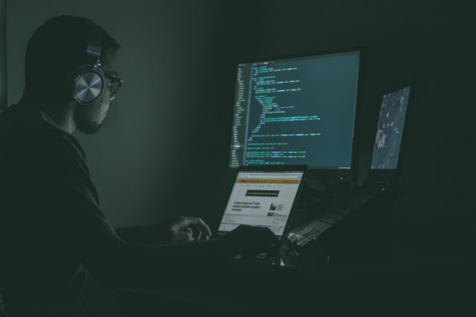 Why Companies are Looking to Hire Full Stack Developers UpGrad Blog